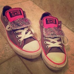 Converse Shoes - Gray pink converse.
