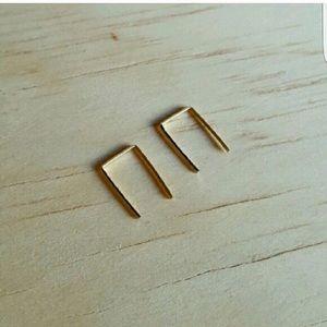 gold staple earrings