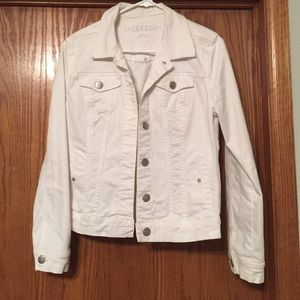 Liverpool Jeans Company Jackets & Blazers - Spring Cleaning!! 🌺 White Jean Jacket