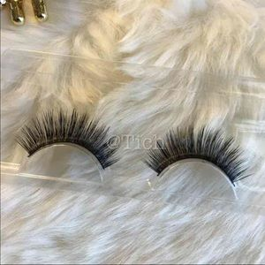 Other - 1 Pair Faux Mink Lashes #4