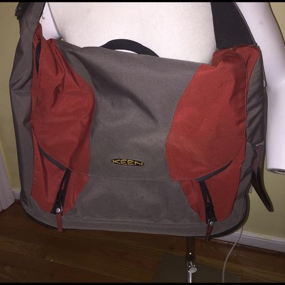 c31da6f348e Keen Bags | Hybrid Transport Messenger Bag | Poshmark