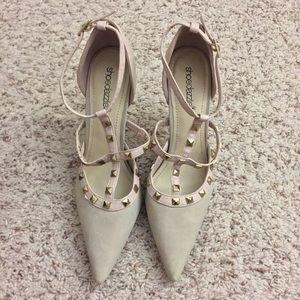 ShoeDazzle Shoes - NWOT ShoeDazzle Bedazzled Cream/Pink Stilettos