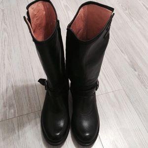 JAR Boots