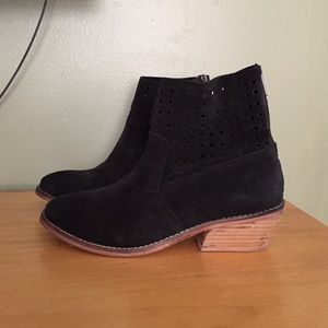 Adam Tucker Shoes - Mod Cloth Adam Tucker Sahara Suede Ankle Boots