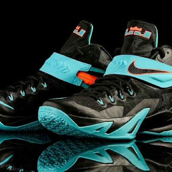 Nike Shoes   Nike Zoom Lebron Soldier 8
