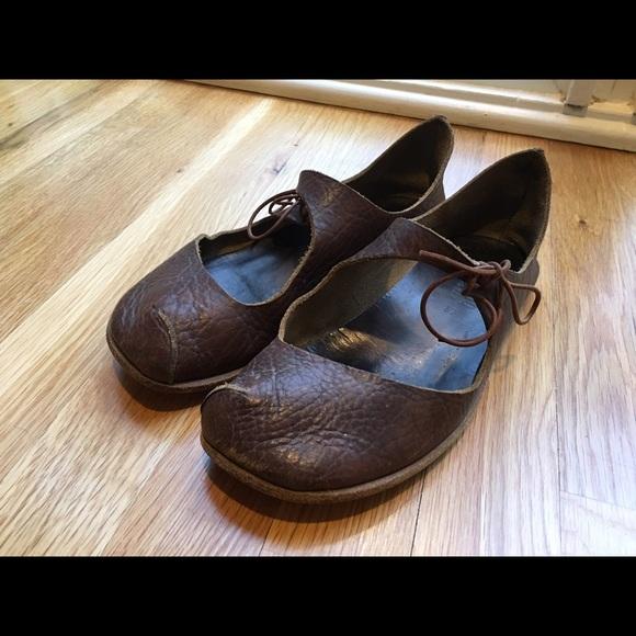 279a055d0d6 Cydwoq handmade shoes