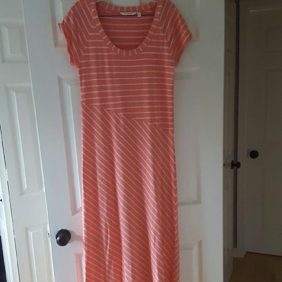 f25ae7b926 Athleta Dresses & Skirts - Athleta Pink Striped Maxi Dress