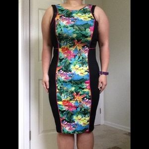 Spense Dresses & Skirts - Tropical Island Bodycon Dress