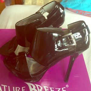Steve Madden Shoes - Super hot patent leather heels by viviglam 👠Sale