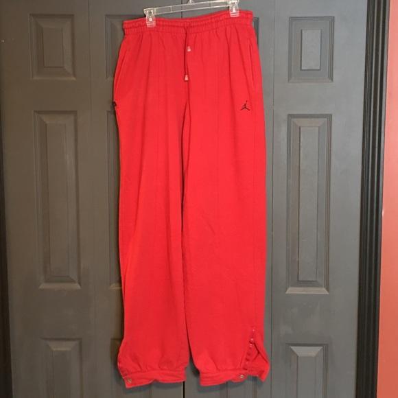 1455f7804b146e Air Jordan Sweatpants size Large. M 587533065c12f8b4ca010dfa