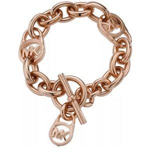 Michael Kors Jewelry - Michael Kors rose gold chain toggle bracelet