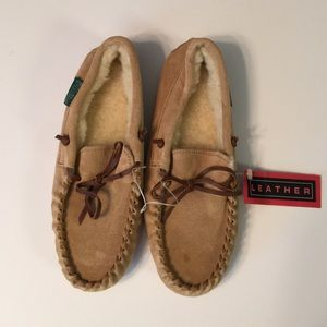 Northwest Territory Other - NWT Northwest Territory Boys Tan Moccasin  Size 4