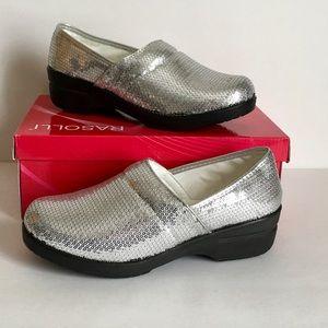 Rasolli Nurse  Womens Comfort Leather Shoes