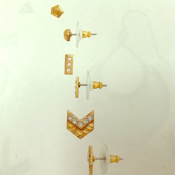 Silpada Jewelry - Set of 3 post studs.