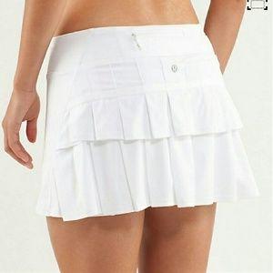 lululemon athletica Dresses & Skirts - Lululemon Pacesetter white skirt