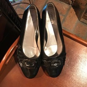 ara Shoes - Are black loafers