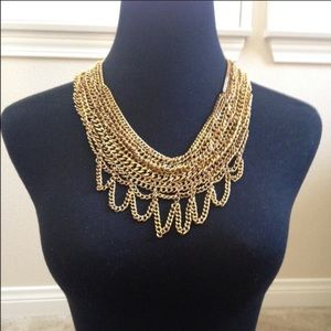 Jewelry - NEW W/OUT TAG; Gold, multi-chain bin necklace.