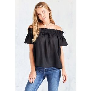 Lucca Couture Tops - NWT UO Lucca Couture Off Shoulder Top