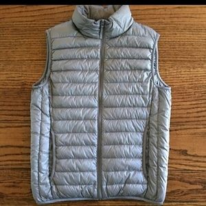 Uniqlo Other - Uniqlo puffy down vest size small