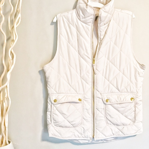 Francesca's Collections Jackets & Blazers - Quilted Vest