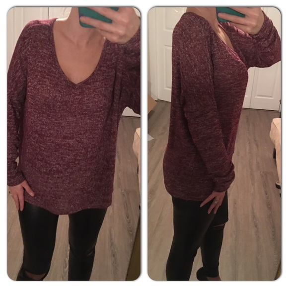 Burgundy Color V-neck Sweater S from Jessrosestyles🌹posh ...
