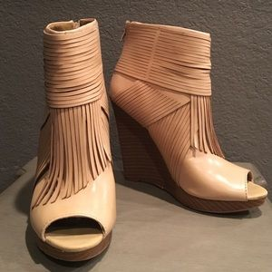 Carlos Santana Shoes - Beautiful booties!