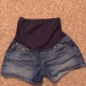 Gap maternity Denim shorts