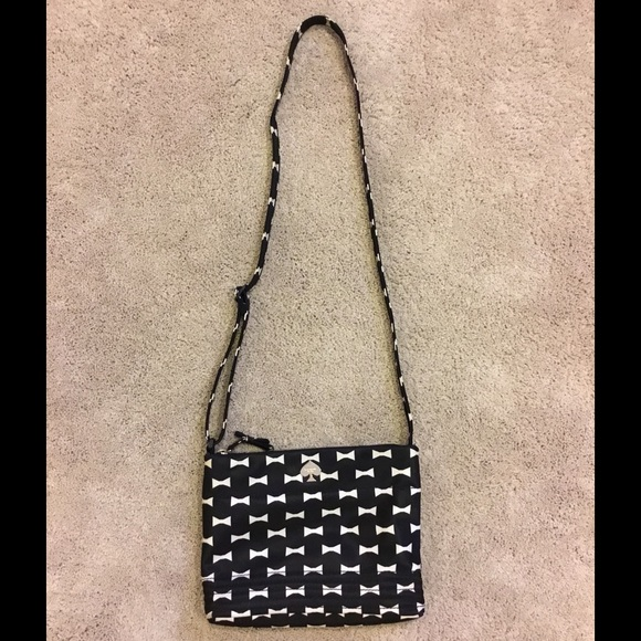 kate spade Handbags - Kate Spade Nylon Flatiron crossbody with bow print