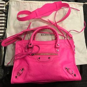 Balenciaga Handbags - Balenciaga Classic City S Leather Tote