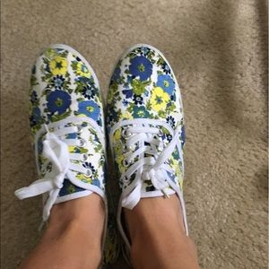 Shoes - Floral Printed Sneakers