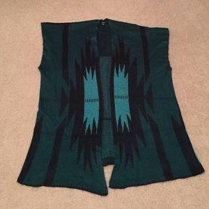 One Size long sleeveless cardigan