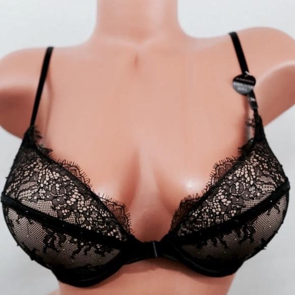 25f107948a395 34c Victoria s Secret Black Lace Bombshell Bra. M 58758e70c6c795507a18210d