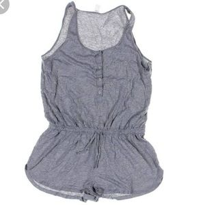 Old Navy Pants - NWT Old Navy Grey Romper