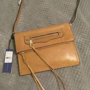 Rebecca Minkoff Handbags - NWT Rebecca Minkoff Small Regan Clutch Crossbody
