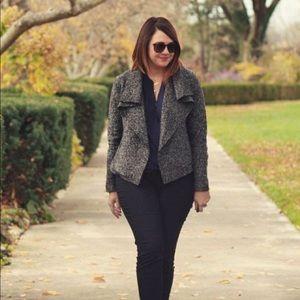 Ann Taylor Jackets & Blazers - Ann Taylor Tweed Drape Blazer. Size M.