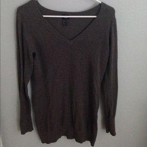H&M brown long sleeve v-neck