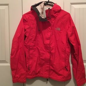 The North Face Jackets & Blazers - The North Face raincoat