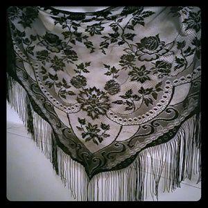 Other - Vintage black lace wrap