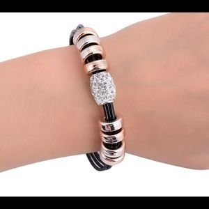 Jewelry - Black Leather Bracelets Magnetic Claps