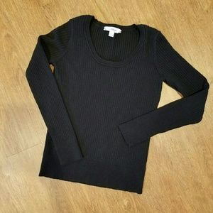 Indigo  Tops - Comfy Fitted black sweater