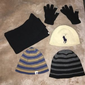 Kids beanies  glove 壘 and a scarf 