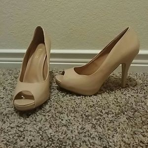 Journee Collection Shoes - Nude peep toe pump