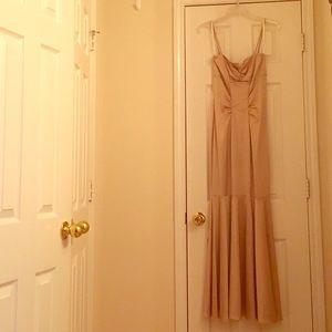 Xscape Dresses & Skirts - Xscape long gold dress