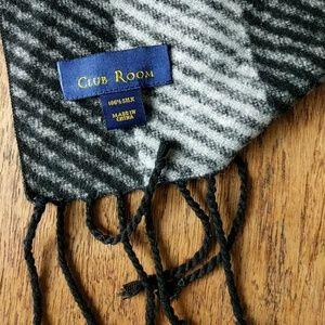 Club Room Accessories - Club Room 100% silk scarf