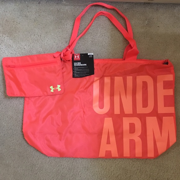 Under Armour Bags   Womens Workout Bag Nwt Pink   Poshmark 6b3654c5a6
