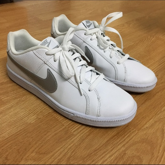 Silver Coach Tennis Shoes
