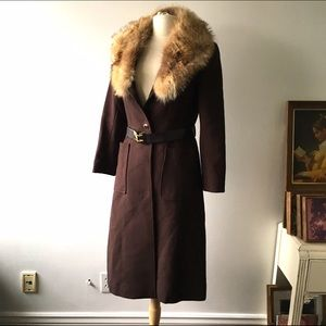 Vintage 1970s Brown Trench Fur collar