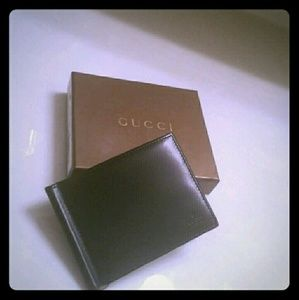 Gucci Other - *GUCCI* CARD HOLDER w / $ Clip