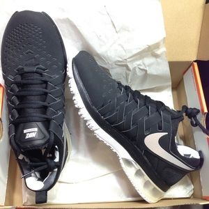 Nike Other - Nike fingertrap max amp