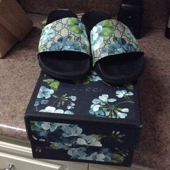 87fd23145ca Gucci Other - Men s 12 Gucci Pursuit GG Blooms Canvas Sandal